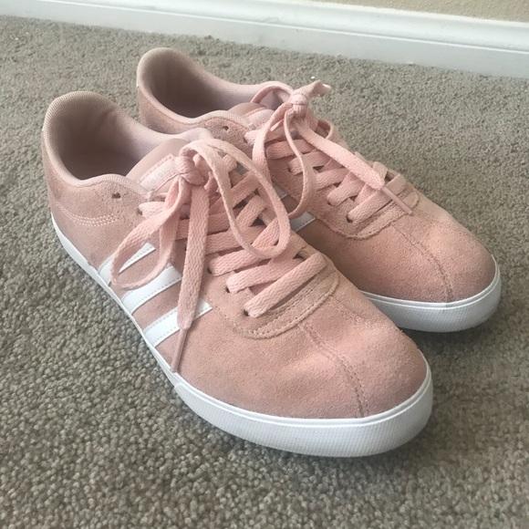 adidas Shoes - Women s Light Pink Adidas Shoe Size 8 97806c13d2